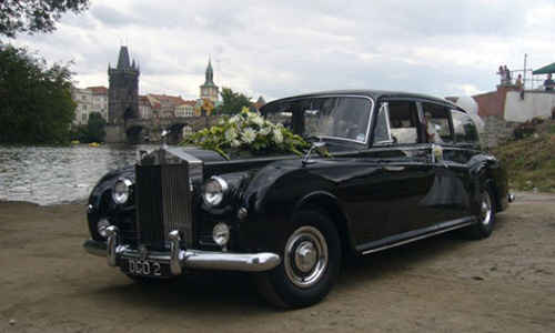 Rolls-Royce Phantom - свадьба в Праге