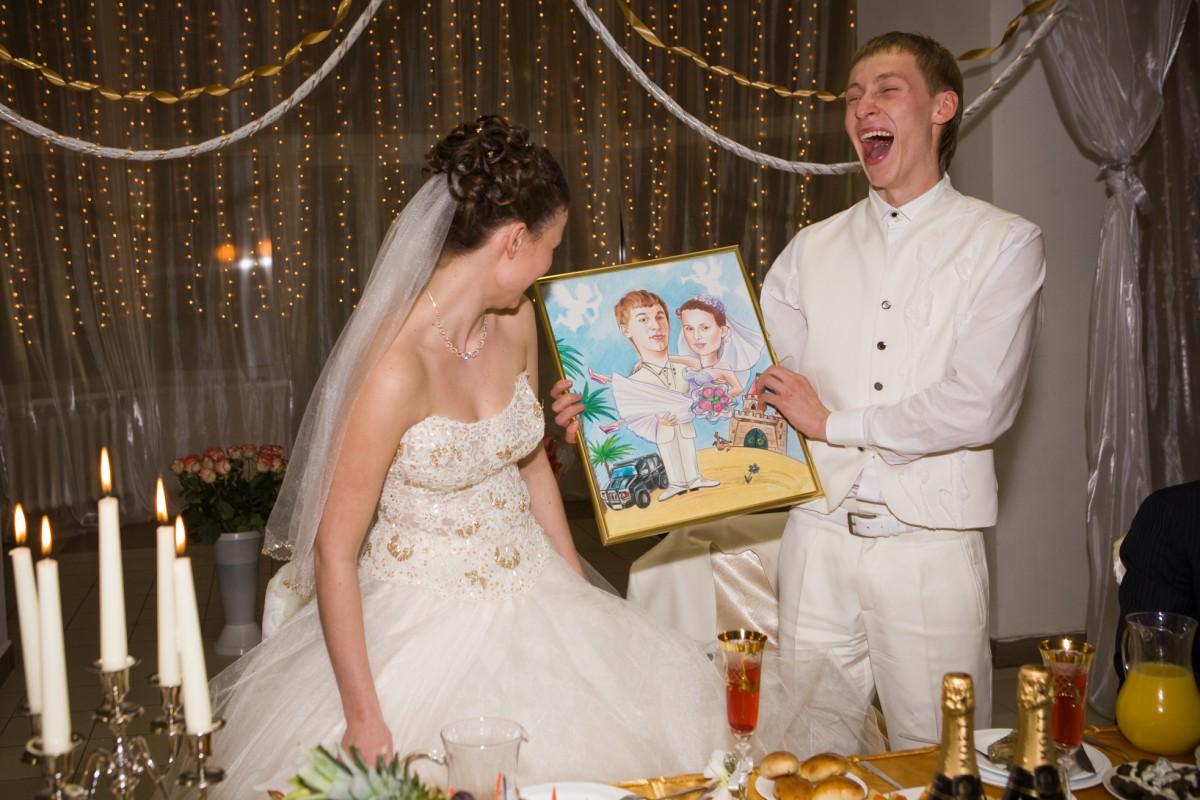 Подарок на свадьбу картинка